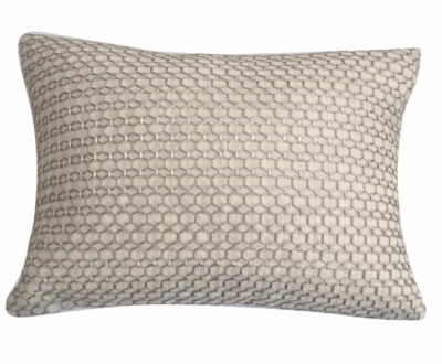 silver-thread-cushion