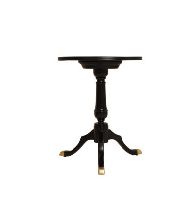 theo-side-table-front